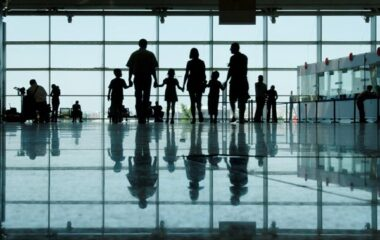 Family-travel-airport